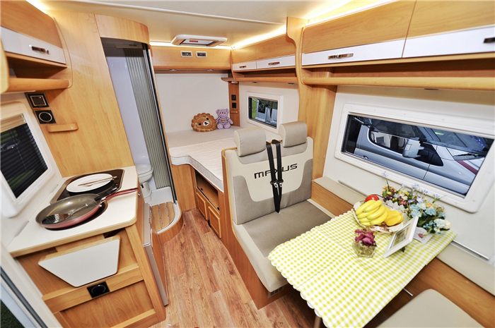 Try a different lifestyle on RV tour